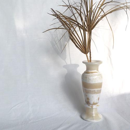 Douche onyx vase