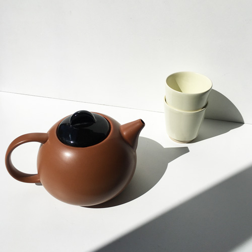 Ceramic teapot I
