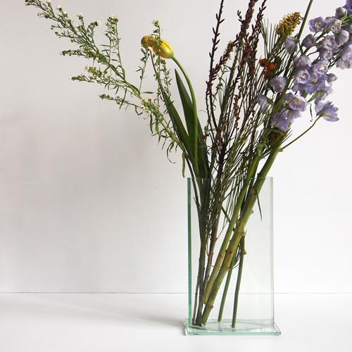 Minimal glass vase