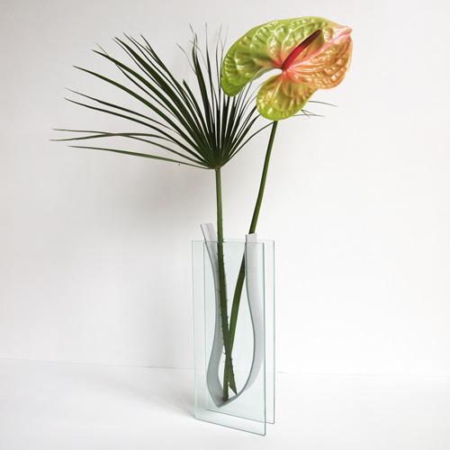 Glasvase med stålindsats